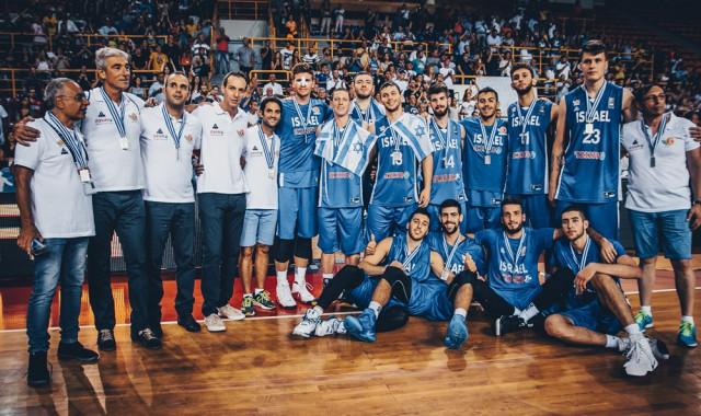 גלריית תמונות מגמר אליפות אירופה של נבחרת העתודה מול יוון