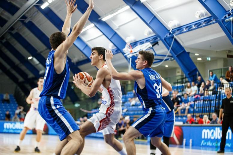 הפסד לנבחרת הנוער בחצי גמר אליפות אירופה מול קרואטיה; תישאר בדרג ב'