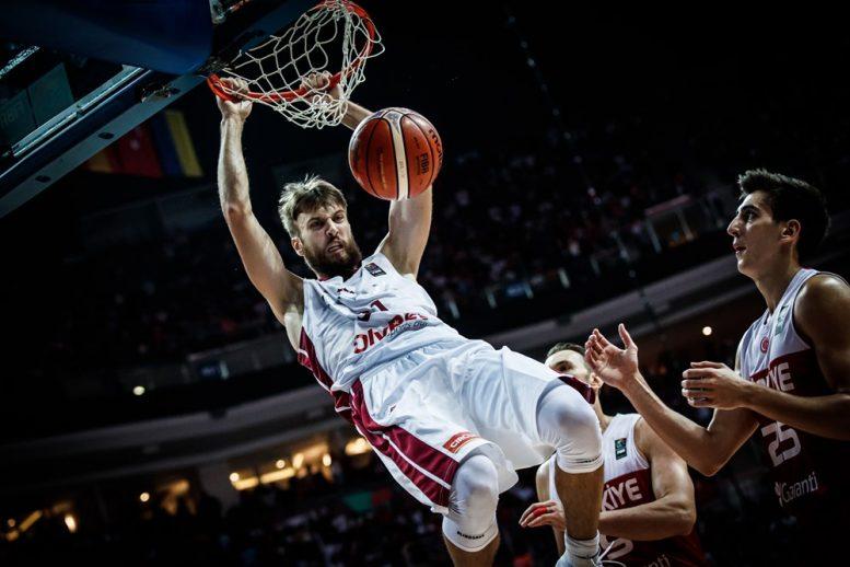 נקבעו 4 משחקי שמינית הגמר הנוספים: ספרד-טורקיה, לטביה-מונטנגרו, סרביה-הונגריה, קרואטיה-רוסיה