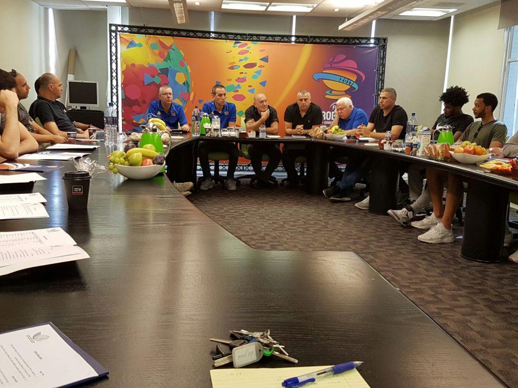 מפגש ראשון של נבחרת ישראל לקראת מוקדמות גביע העולם 2017