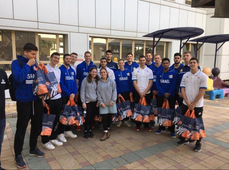 פרויקט החיילים של איגוד הכדורסל: ביקור מרגש במחלקות הילדים בבית החולים תל השומר