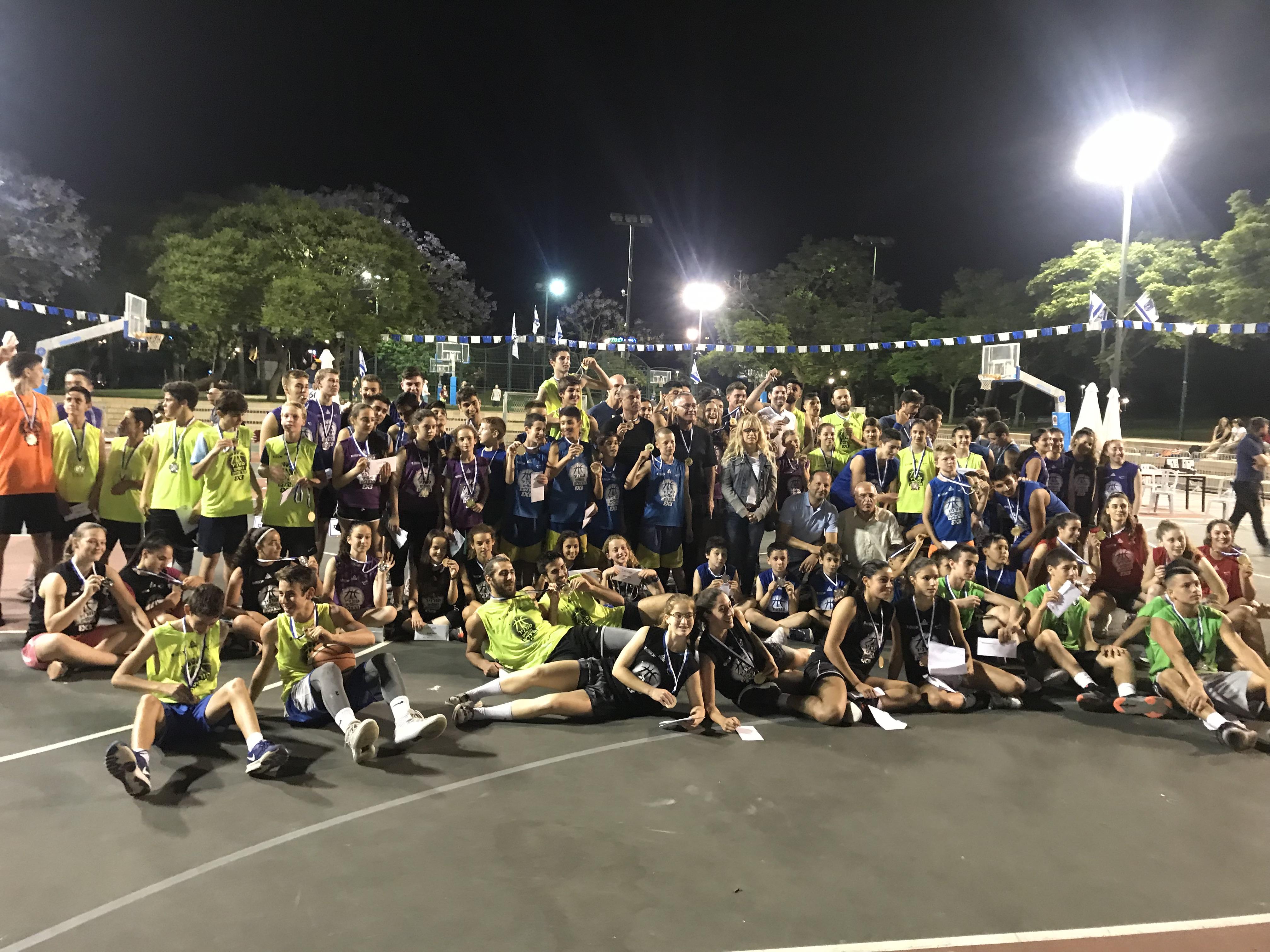 1,200 שחקנים השתתפו בסטריטבול הרצליה