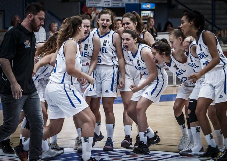 נבחרת הנערות יוצאת לטורניר הכנה בפורטוגל