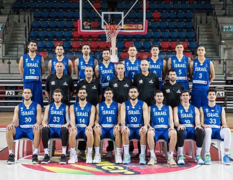 שני בערב: נבחרת ישראל פוגשת את רומניה