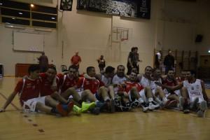 החיפאים חוגגים את הניצחון החמישי שלהם # צילום: אלעזר פינקוביץ', מתוך הפייסבוק של המועדון